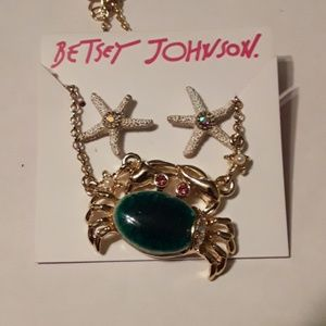 BETSEY JOHNSON Crap & Star Fish Earrings & Necklac